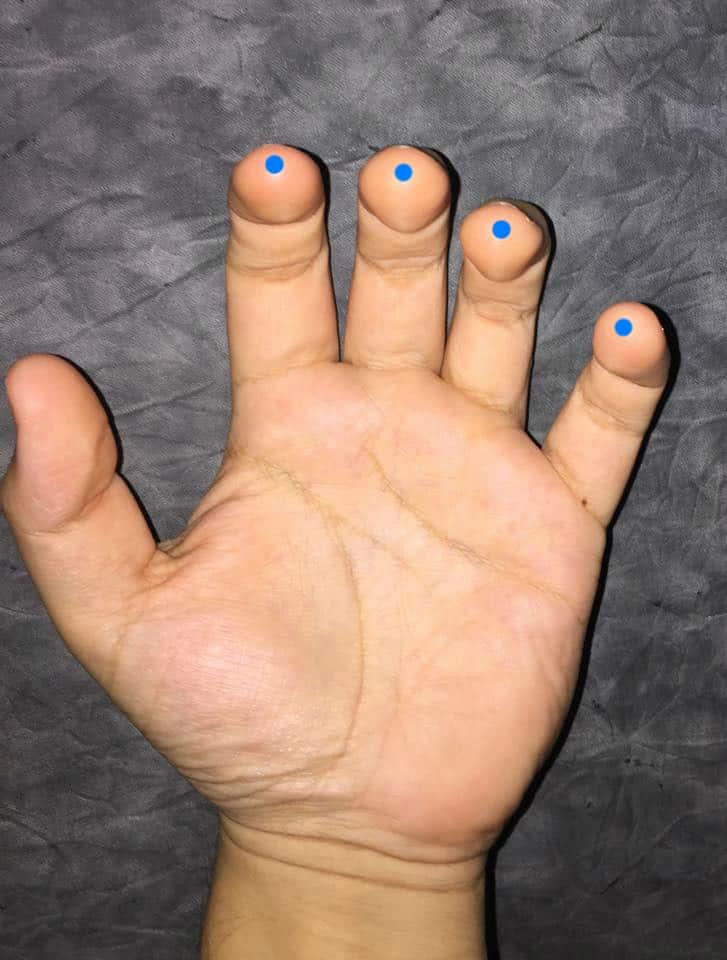 las manos guitarra 2
