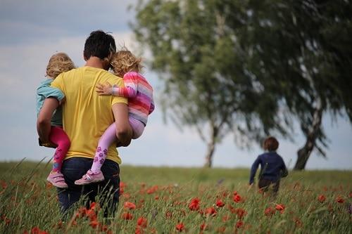 método suzuki padre e hijos en el campo